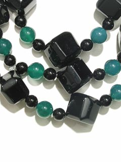 Black Onyx And Dyed Chalcedony Bead Necklace