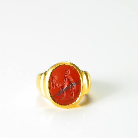Neo-Classical Erotic Jasper Intaglio, Mounted in a 24 Karat Gold Ring