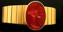 Gold Bracelet Carnelian Intaglio Depicting a Roman Empress