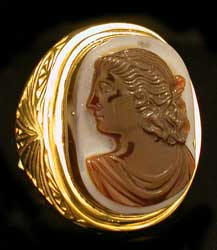 Gold Ring with Roman or Classical Revival Bust of an Empress