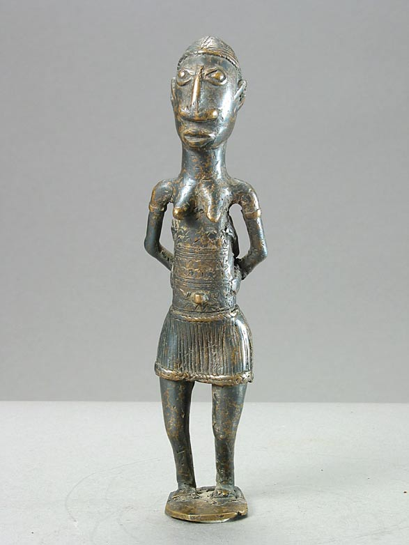 Click photo to change image.
