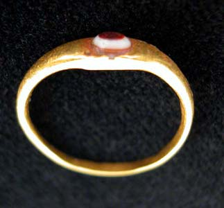 Greco-Roman Gold Ring with Eye Agate