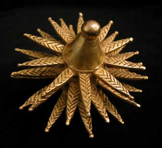 Akan Gold Ring Depicting a Flower