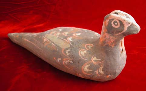 Western Han Painted Terracotta Sculpture of a Bird