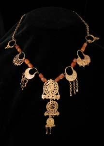 Necklace with Roman Gold Earrings and Bronze Age Carnelian Beads