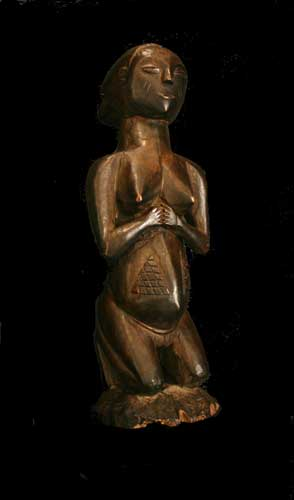 Shankadi Wooden Sculpture of a Kneeling Woman